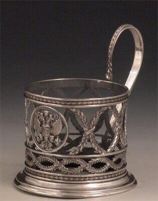 серебряный герб