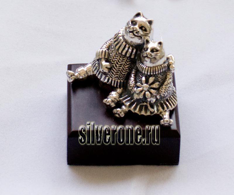 Серебряные коты