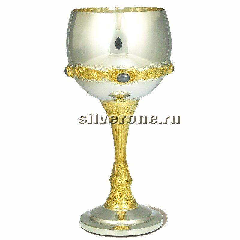 Серебряный винный бокал