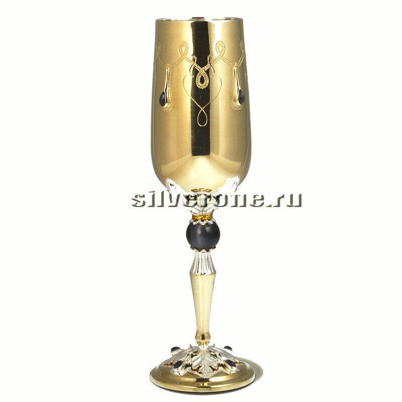 Серебряный бокал винный с гематитом